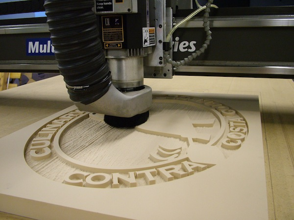 CNC machine is and how it works